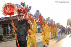 Dragones de la Colonia China en Desfile inicio del verano Holguín 2017 (foto Carlos Rafael)