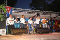 Grupo Cristal en la gala inaugural del verano Holguín 2017 (foto Carlos Rafael)