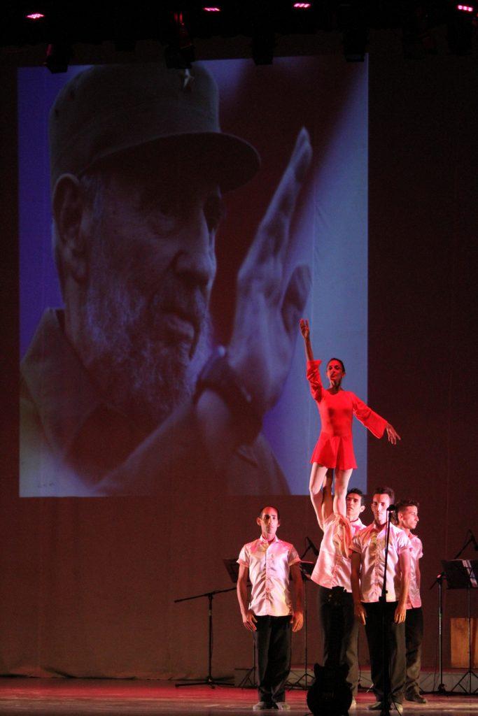 Fidel, motor impulsor del arte y la cultura, recibió un digno homenaje con motivo de su natalicio.