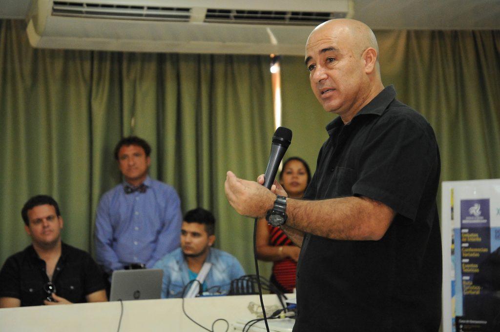 """""""Nos interesa divulgar lo mucho que desde Holguín se ha realizado en el contexto del Desarrollo Local"""".Fotos Carlos Rafael"""